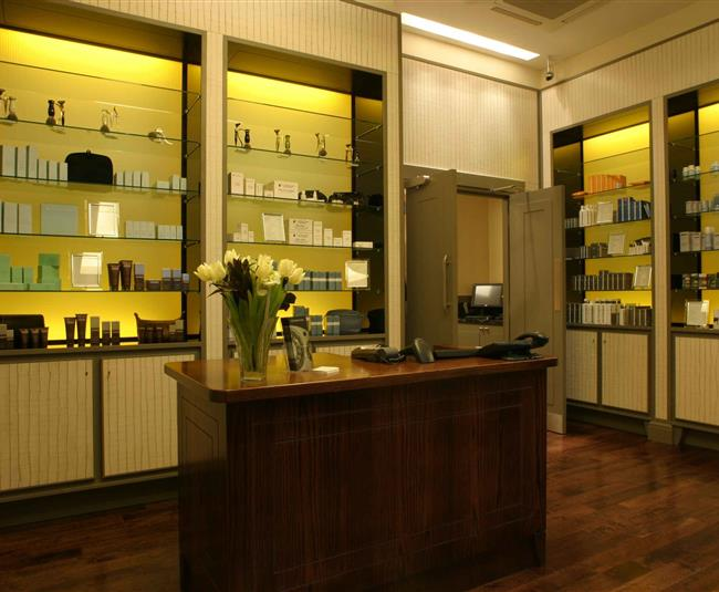 Gentlemans Tonic Mayfair Reception lr
